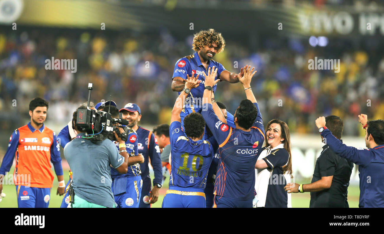 Hyderabad, India, 12th May 2019: IPL 2019 Final Match  : MI owner Nita Ambani along with Team Mates Celebrates Malinga  during  Final  Match of IPL in - Stock Image