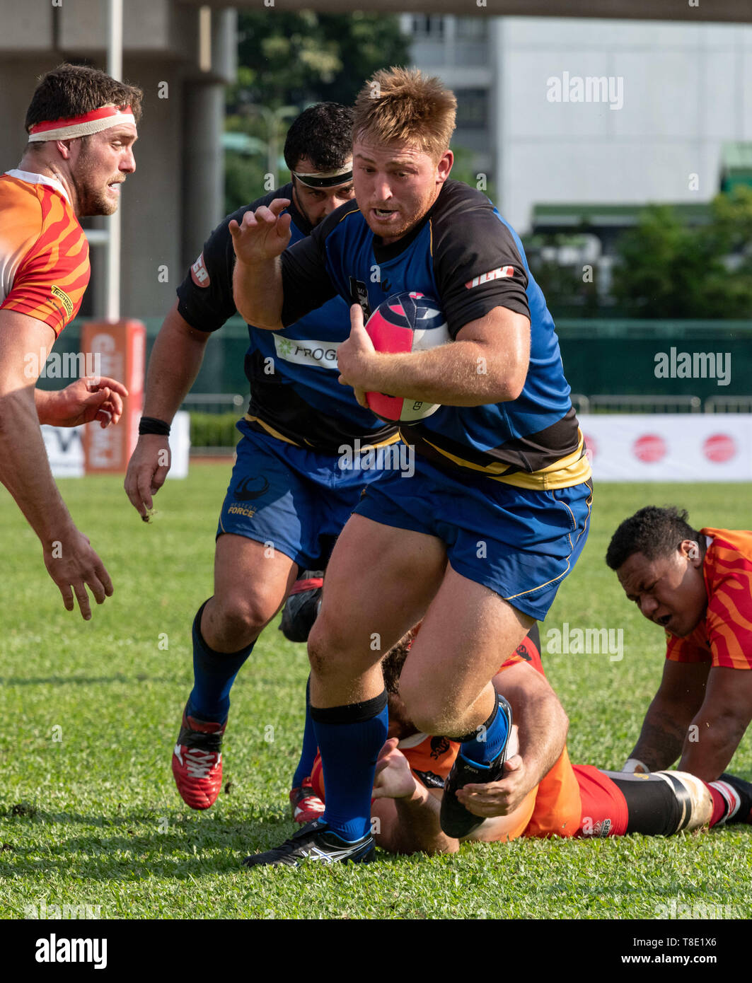Hong Kong, China. 12th May, 2019. Markus VANZATI escapes a tackle.Western Force vs South China Tigers Global Rapid Rugby. The Western Force make their inaugural appearance in Hong Kong facing off against the FWD South China Tigers in the finale of the Global Rapid Rugby Asian Showcase Series Credit: Jayne Russell/ZUMA Wire/Alamy Live News Stock Photo