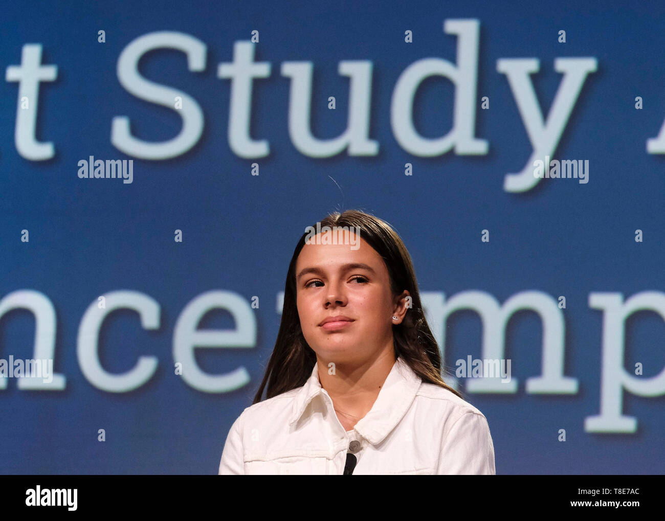 (190512) -- SAN DIEGO (U.S.), May 12, 2019 (Xinhua) -- Kamila Carter, a 13-year-old student of Tierra del Sol Middle School and the youngest speaker at the 2019 National Chinese Language Conference, attends a panel titled 'Student Study Abroad Experience: Impact and Best Practices' to share her story of being raised by deaf parents from two different countries and how she crosses U.S.-China barriers in the world of sounds and silence in San Diego, the United States, on May 10, 2019. The annual National Chinese Language Conference is the largest annual gathering in North America that brings tog - Stock Image