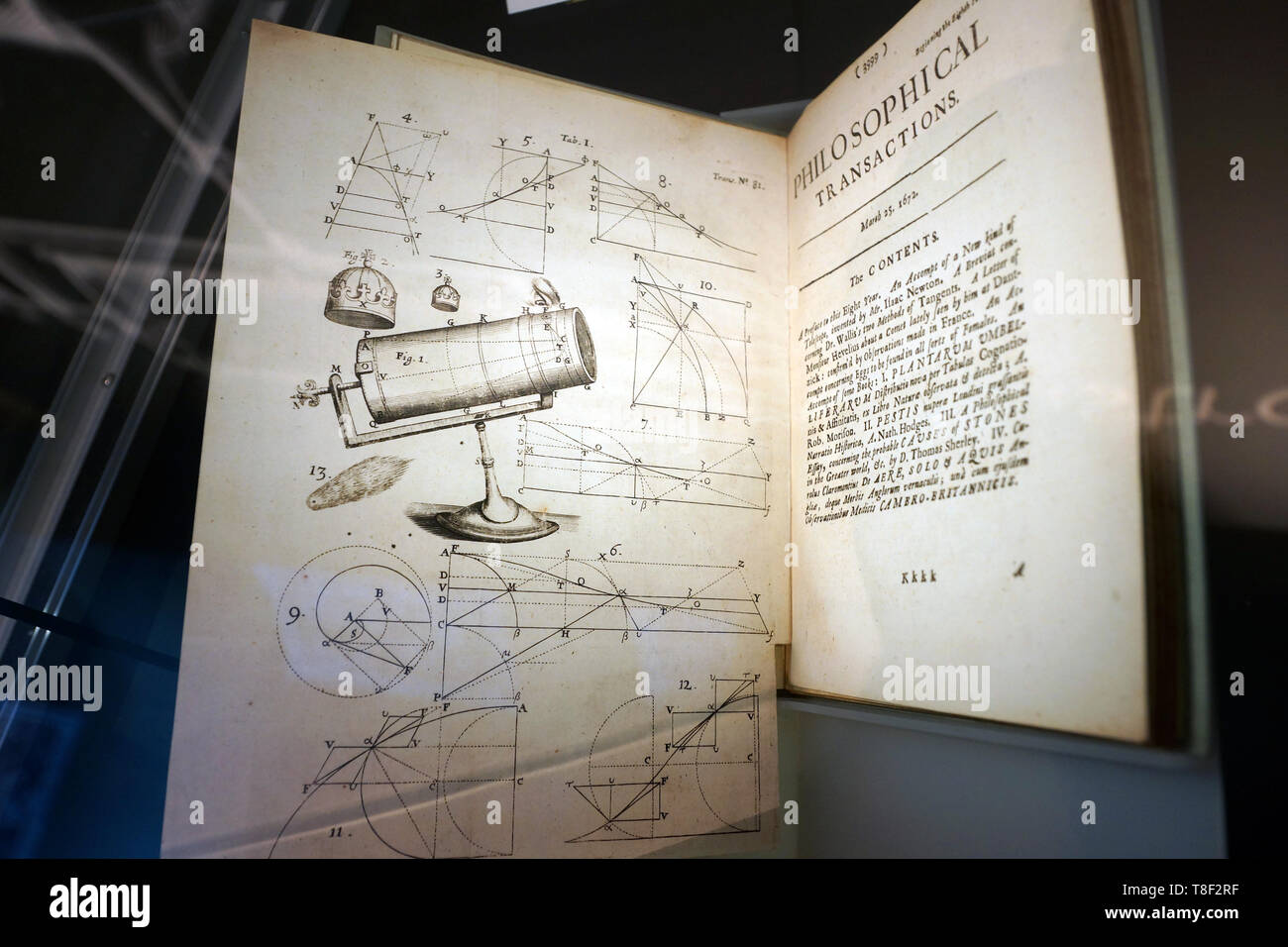 'An Account of a New Kind of Telescope' by Isaac Newton, printed in London, 1672 - Stock Image