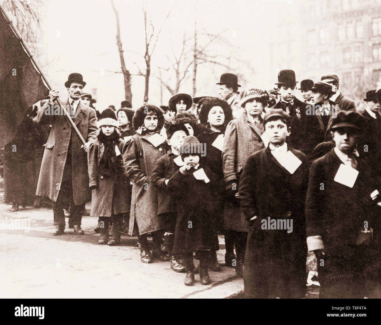Children of Lawrence, Massachusetts strikers sent to live with sympathizers in New York City during the work stoppage, 1912 - Stock Image