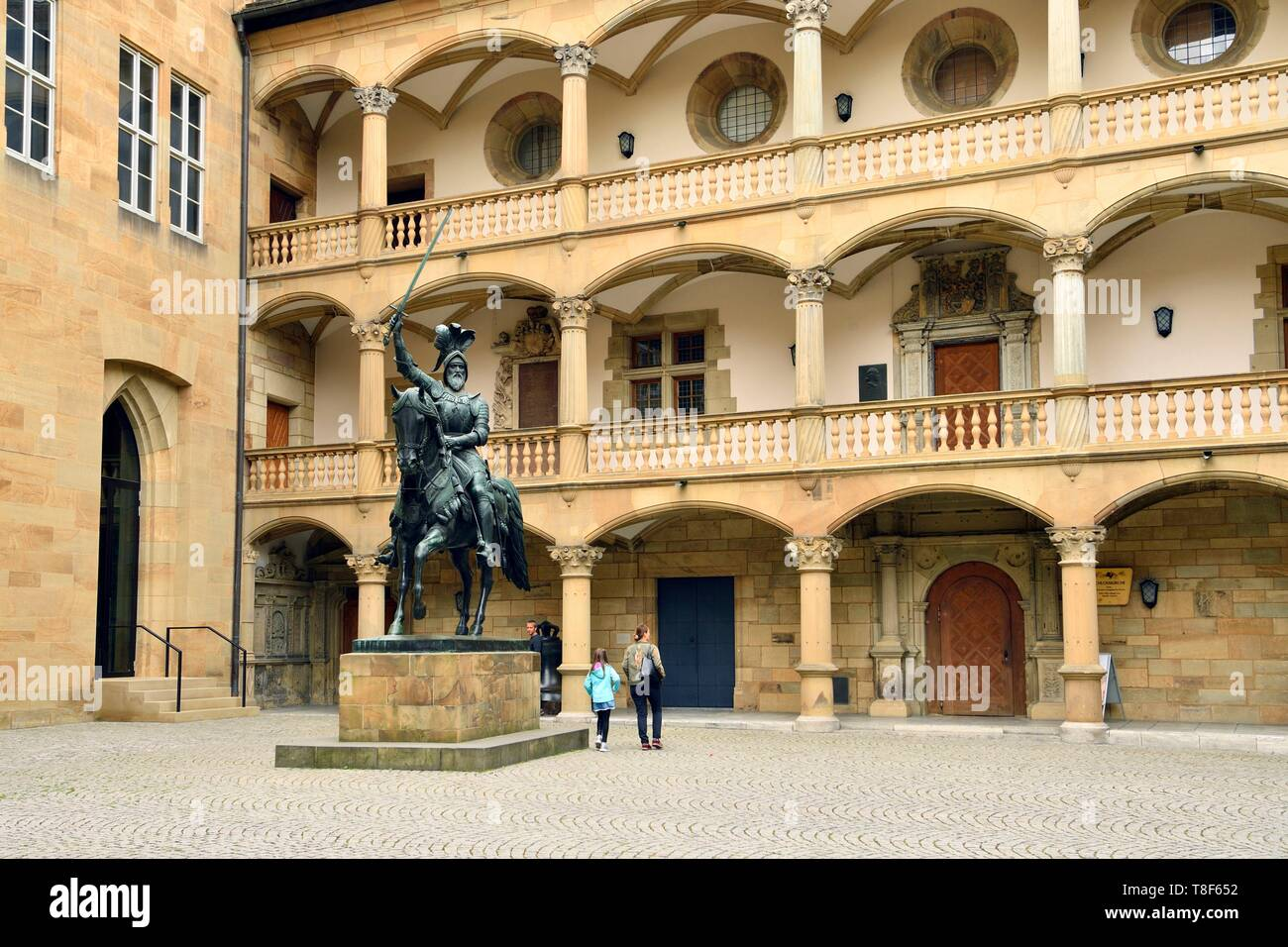 Germany, Baden Wurttemberg, Stuttgart, Schillerplatz, Wurttemberg regional museum (Landesmuseum Wurttemberg) in the old Castle (altes Stiftsschloss) and Equestrian statue of duke Eberhard im Bart in the interior courtyard - Stock Image