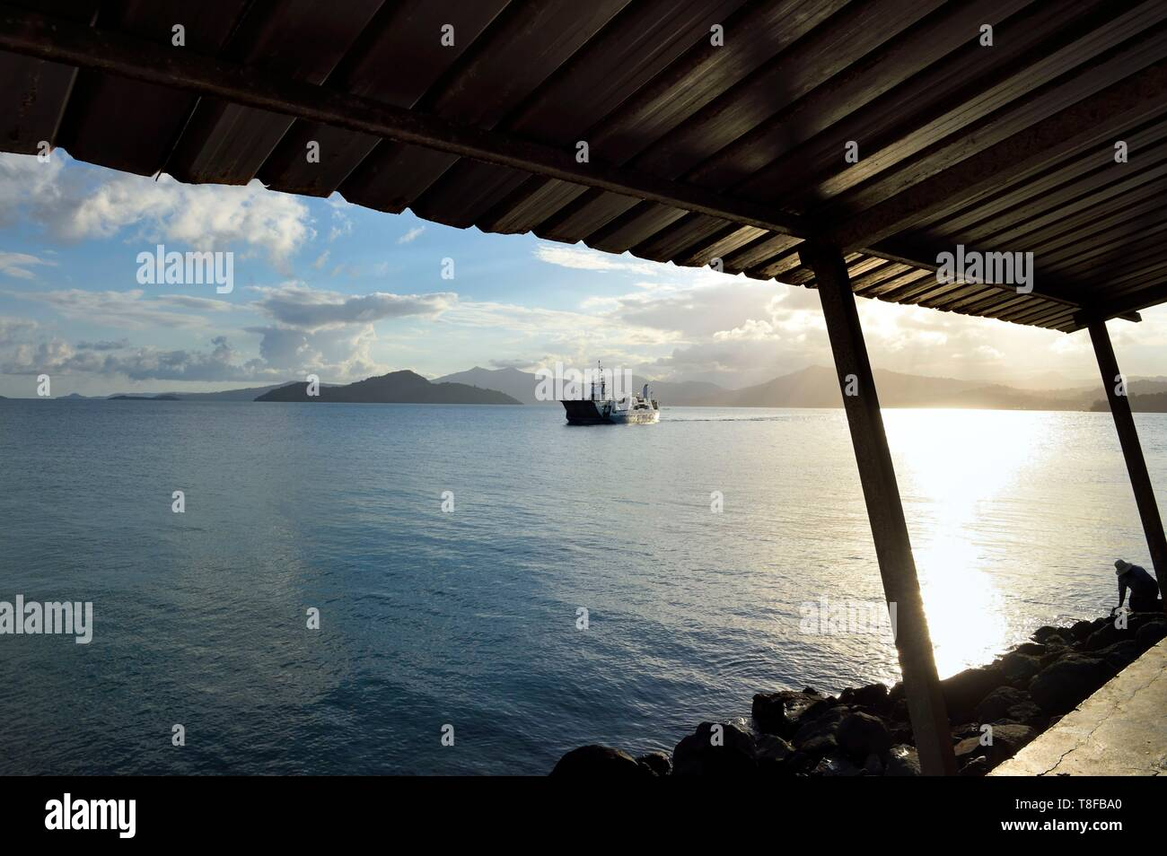 France, Mayotte island (French overseas department), Petite Terre, Dzaoudzi, arrival of the barge coming from Mamoudzou on Grande Terre - Stock Image