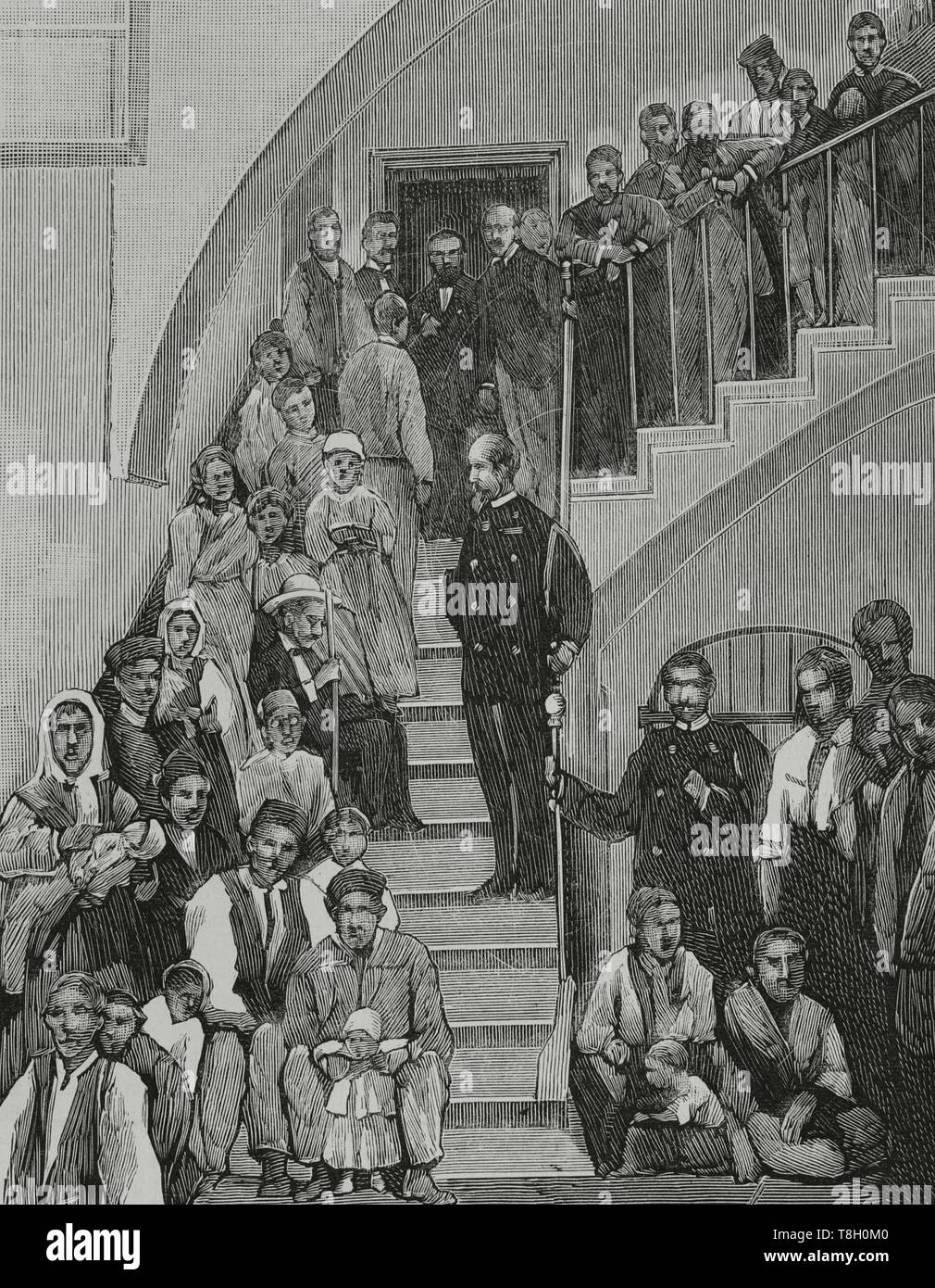 Durante el segundo tercio del siglo XIX muchos agricultores españoles fueron a hacer fortuna al norte de Argelia. El 22 de junio de 1881 los hombres de Bu-Amena atacaron a los agricultores provocando el pánico entre los emigrantes europeos. Muchos regresaron a sus paises de origen. Nueve mil españoles lo hicieron entre el 11 y el 22 de junio de 1881. Alicante (España). Distribución de socorros en el gobierno civil de la provincia a los fugitivos de Orán. Grabado. La Ilustración Española y Americana, 15 de julio de 1881. - Stock Image