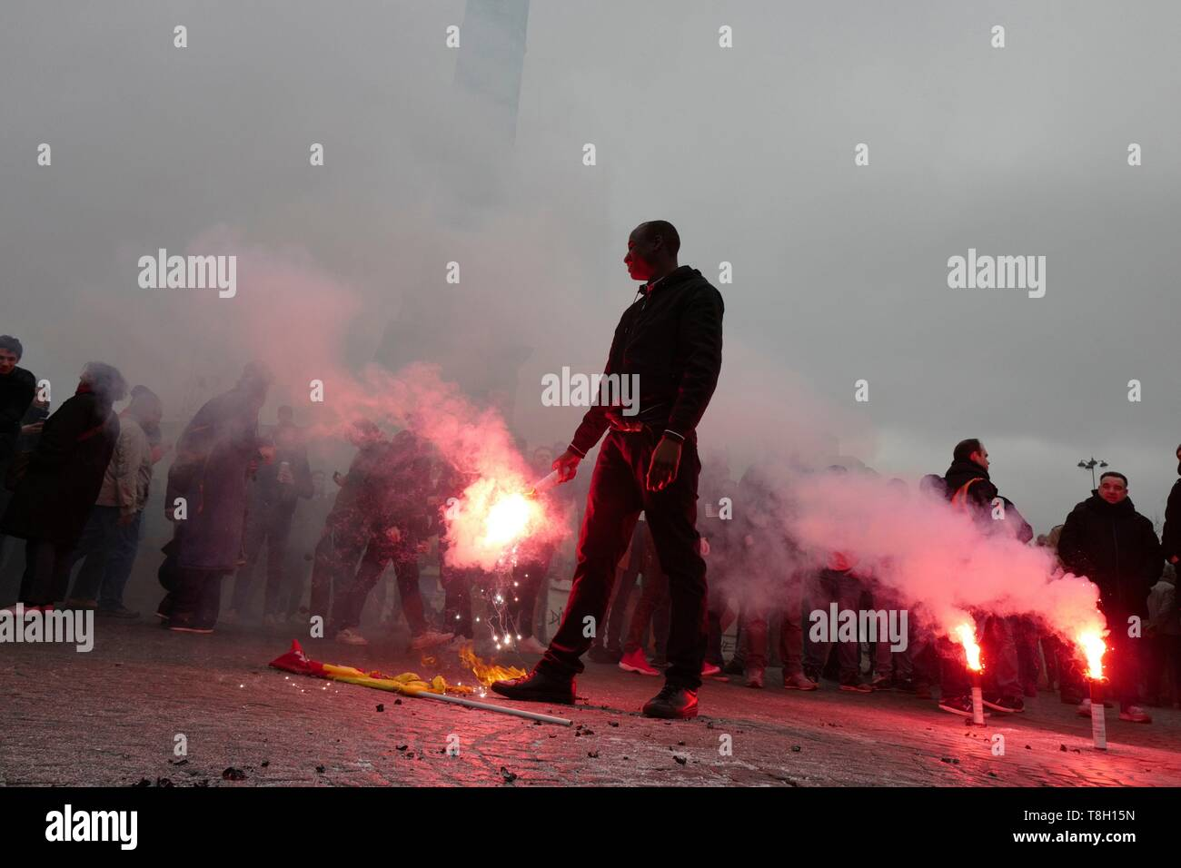 France, Paris, Rally place de la Bastille, Smoke bombs - Stock Image