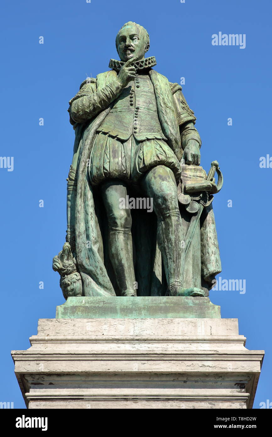 The Statue of Prince William the first, Prince of Orange (1533, 1584), designed by Louis Royer. Located on Plein Square in The Hague, Netherlands - Stock Image