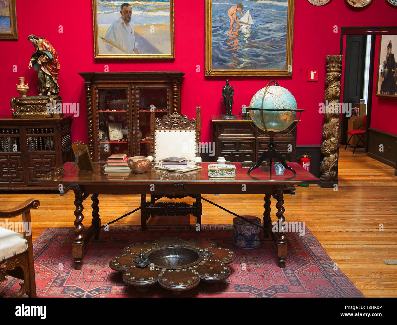 Swell Study At The Sorolla Museum Antique Furniture Such As Ibusinesslaw Wood Chair Design Ideas Ibusinesslaworg