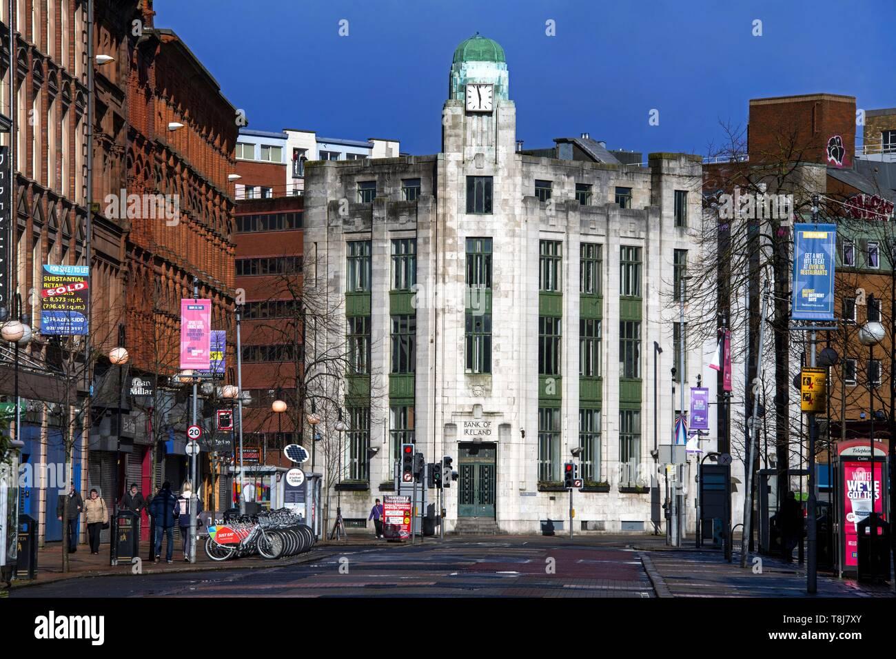 United Kingdom, Northern Ireland, art deco building of the former Bank of Ireland - Stock Image