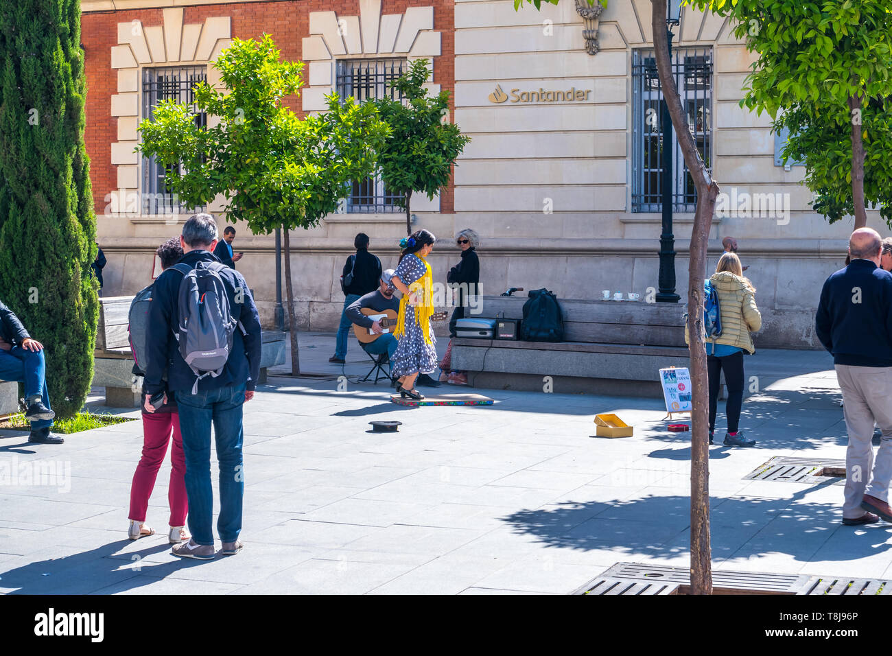Sevilla, Spain May 8th 2019 2019. , a street band and flamenco dancer on the square of Spain, Seville. - Stock Image