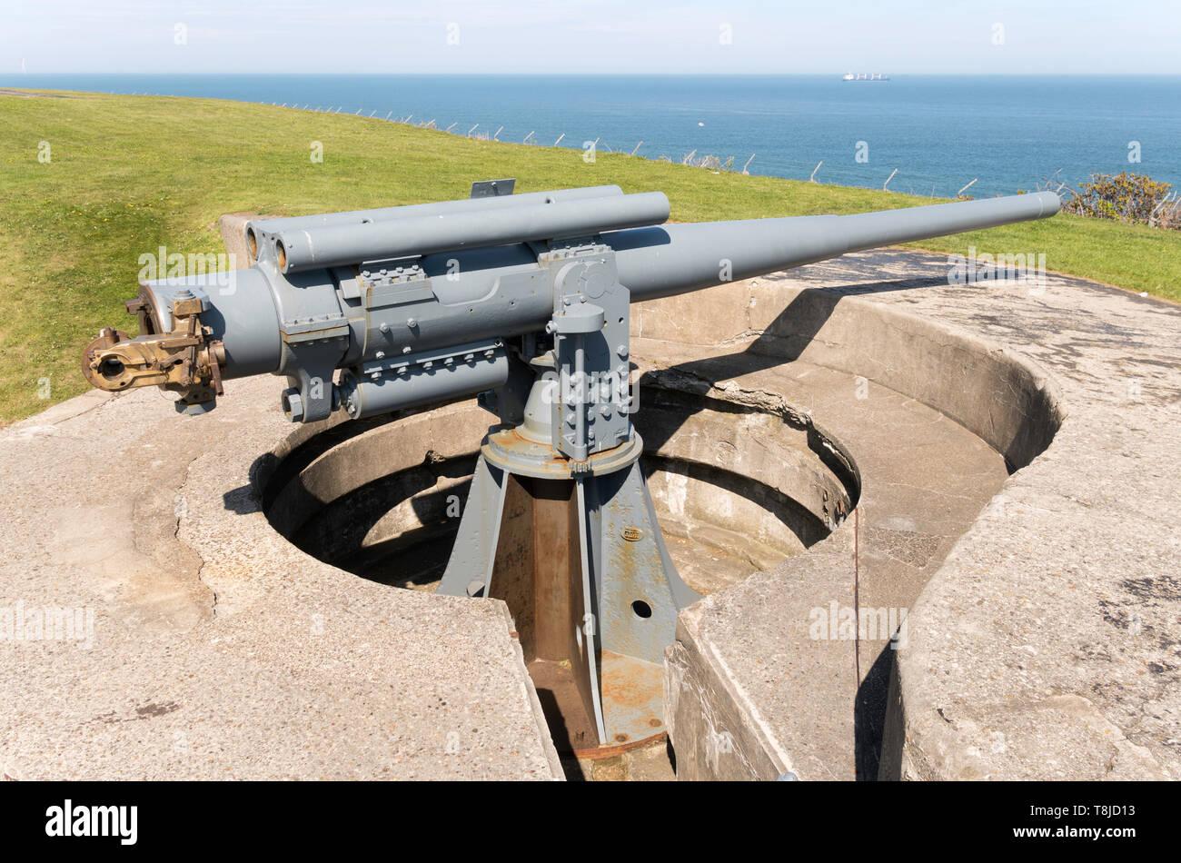 Breech Loading Gun Stock Photos & Breech Loading Gun Stock