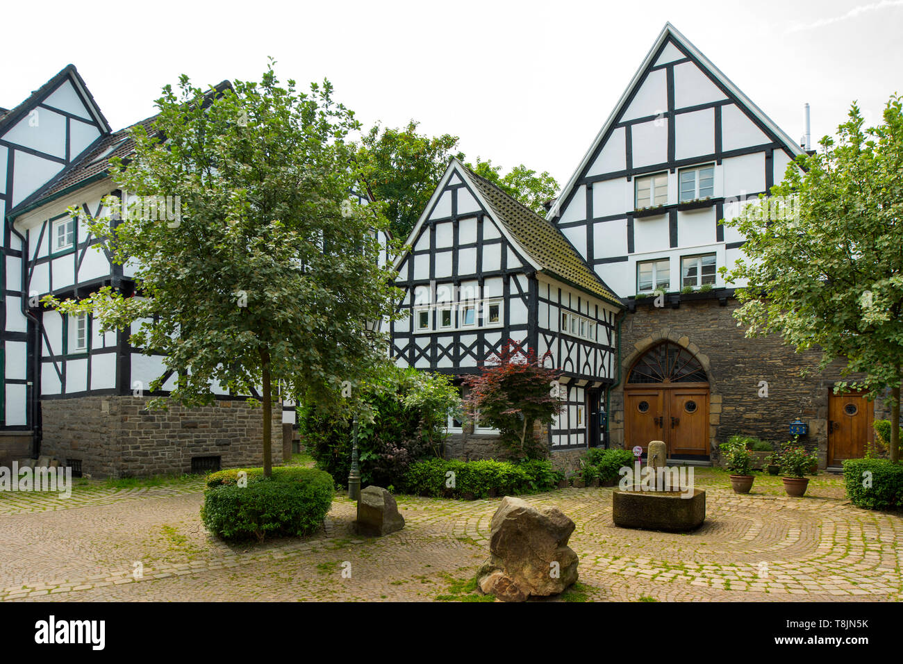Deutschland, Nordrhein-Westfalen, Wetter (Ruhr), Freiheit Wetter, Fünf-Giebel-Eck - Stock Image