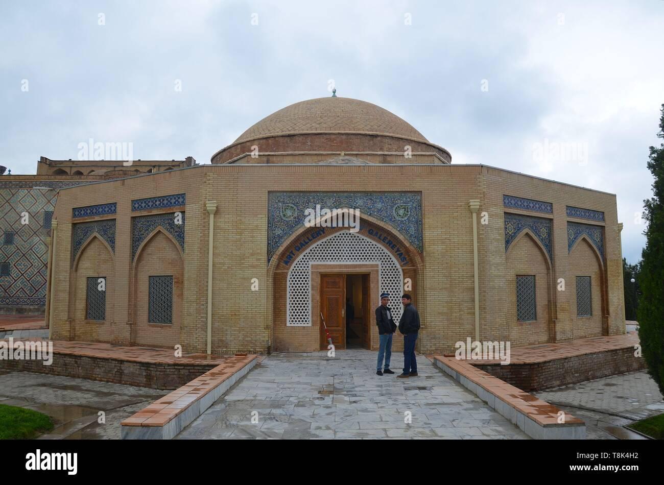 Samarkand, UNESCO Weltkulturerbe in Usbekistan: der frühere Chorsu Bazar Stock Photo