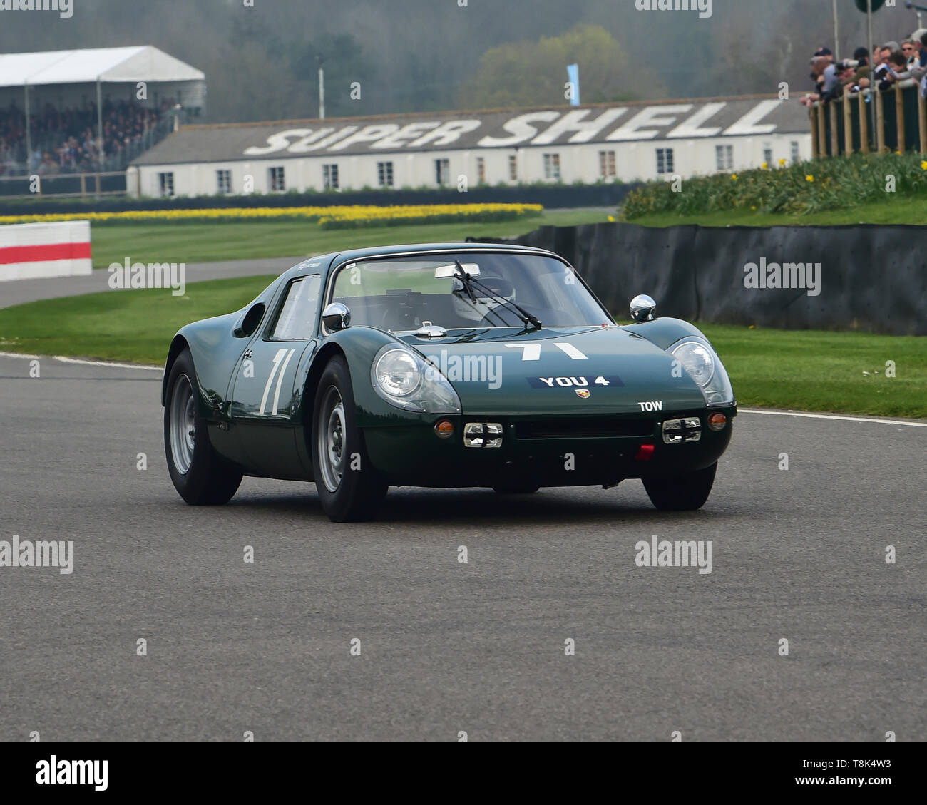 Stuart Graham, Jason Barron, Porsche 904 Carrera GTS, Graham Hill Trophy, Closed cockpit GT cars, Prototype cars, Spirit of the RAC TT Races 1960-1964 - Stock Image