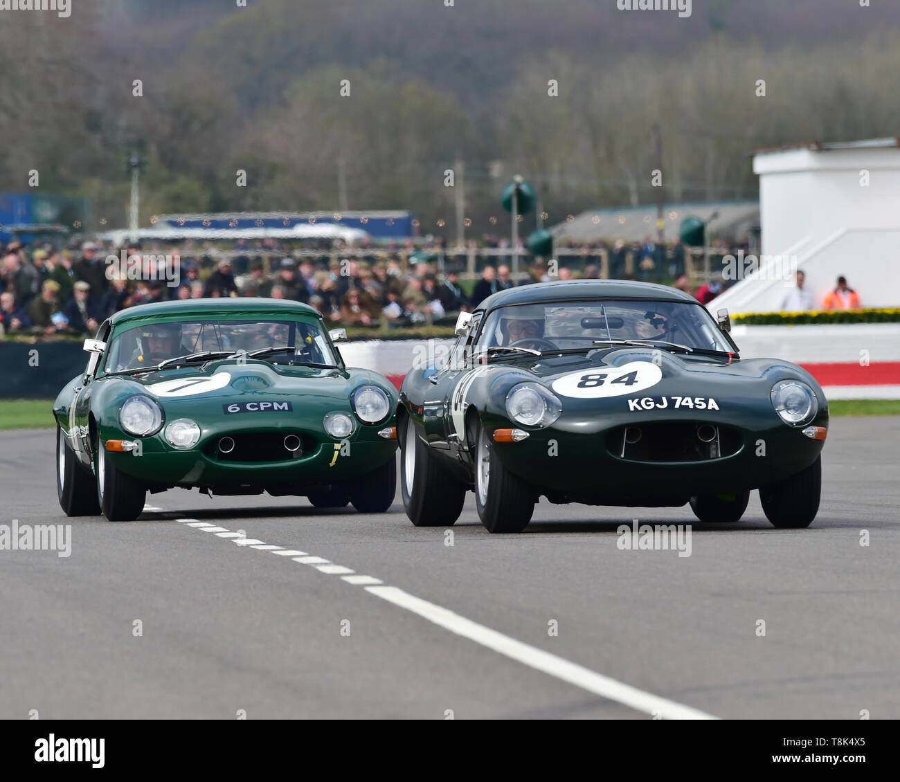 Read Gomm, Andrew Keith-Lucas, Jaguar E-Type lightweight, Michael Costas, John Young, Jaguar E-Type semi-lightweight, Graham Hill Trophy, Closed cockp - Stock Image