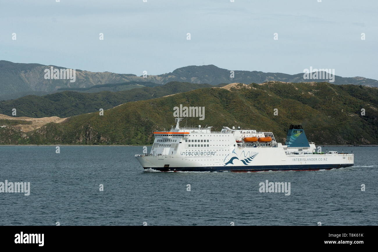 AJAXNETPHOTO. FEBRUARY, 2019. WELLINGTON, NEW ZEALAND. - INTERISLANDER FERRY KAITAKI ENTERING WELLINGTON FROM NELSON.