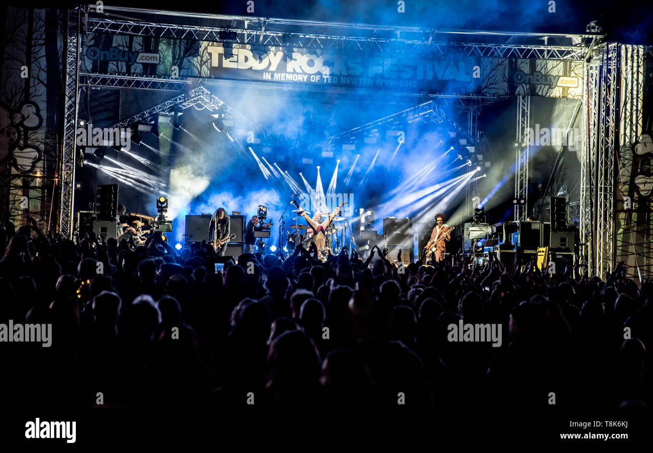 The Darkness headlining Saturday night at Teddy Rocks festival 2019 - fighting children's cancer with rock! - Stock Image