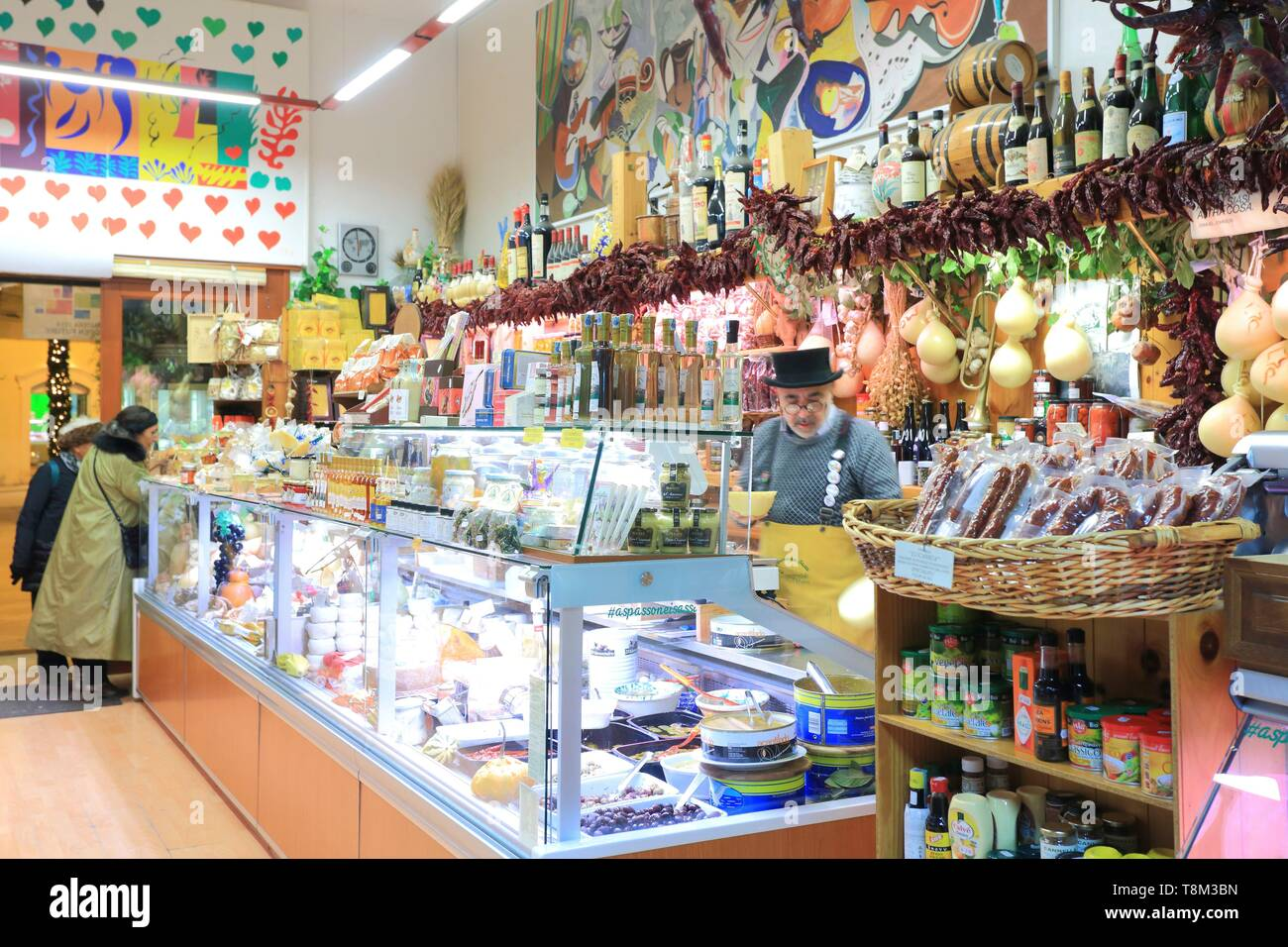 Italy, Basilicata, Matera, European Capital of Culture 2019, Piazza Vittorio Veneto, Il Buongustaio, delicatessen specializing in products from the region Stock Photo
