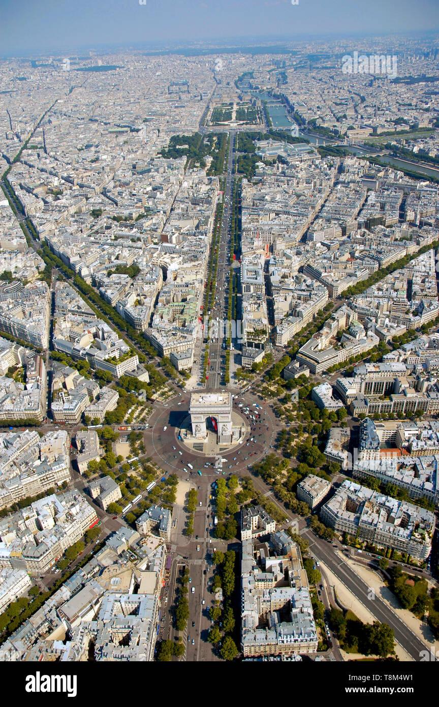 France, Paris (75), Place de l'Etoile and Arc de Triomphe (aerial view) Stock Photo
