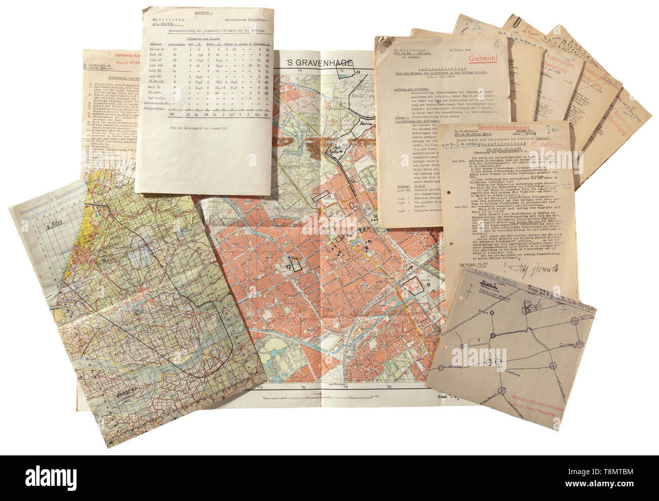 Geheime Kommandosache (secret command document) - documentation relating to the paratrooper mission (Luftlandeverband Student) to seize the 'Fortress Holland' Extensive documentation and cartographic material relating to the Airborne Forces' operation led by General Kurt Student with the units under his command (7th Flight Division and 22nd Infantry Division). Includes app 20th century, Editorial-Use-Only - Stock Image