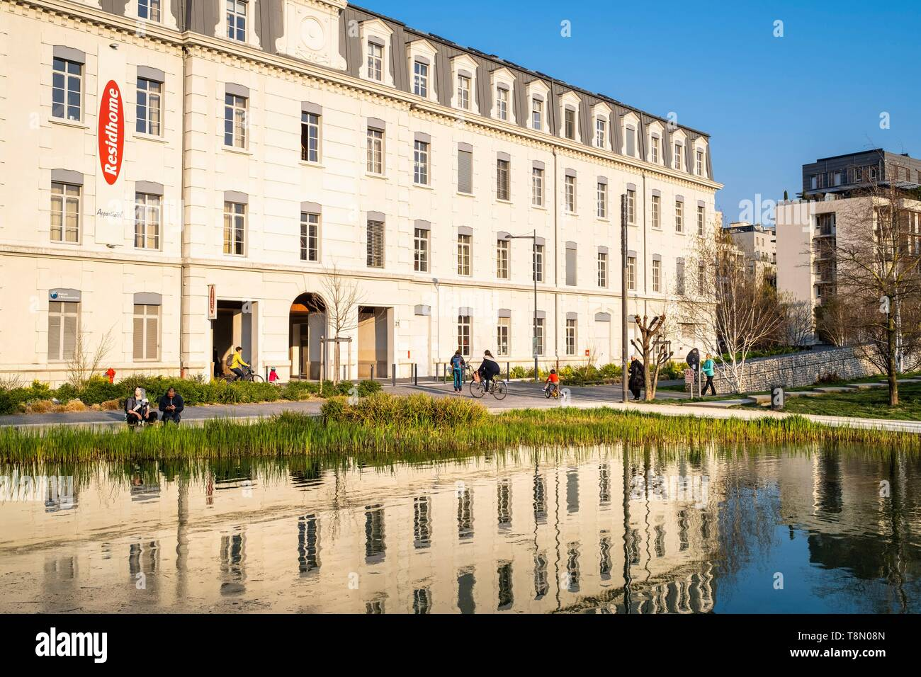 France, Isere, Grenoble, the Ecodistrict of Bonne, Grenoble has received the 2009 National Ecodistrict Grand Prize for the ZAC of Bonne - Stock Image