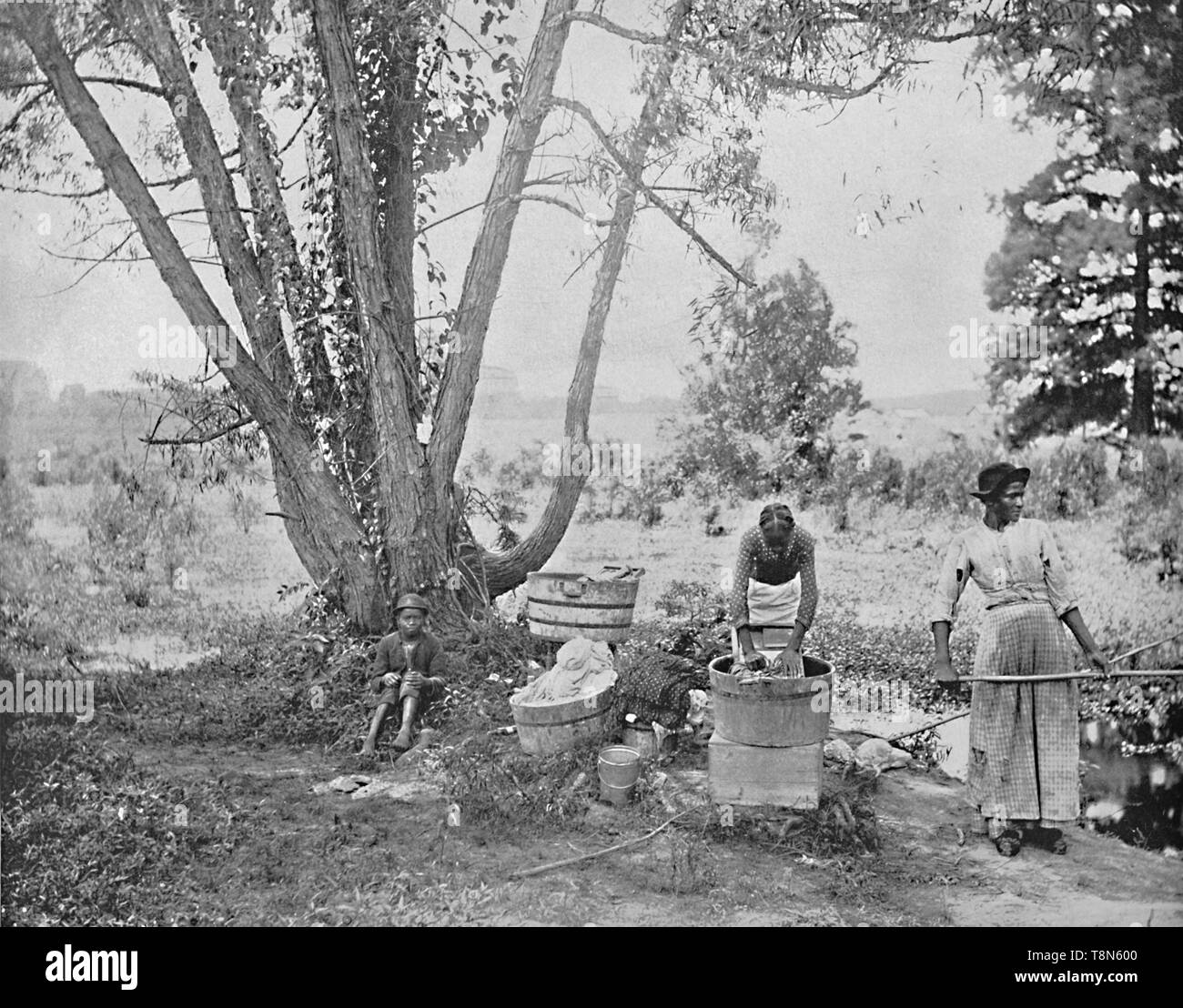"""'Washerwomen, El Paso, Texas', c1897. From """"A Tour Through the New World America"""", by Prof. Geo. R. Cromwell. [C. N. Greig & Co., London, c1897] - Stock Image"""