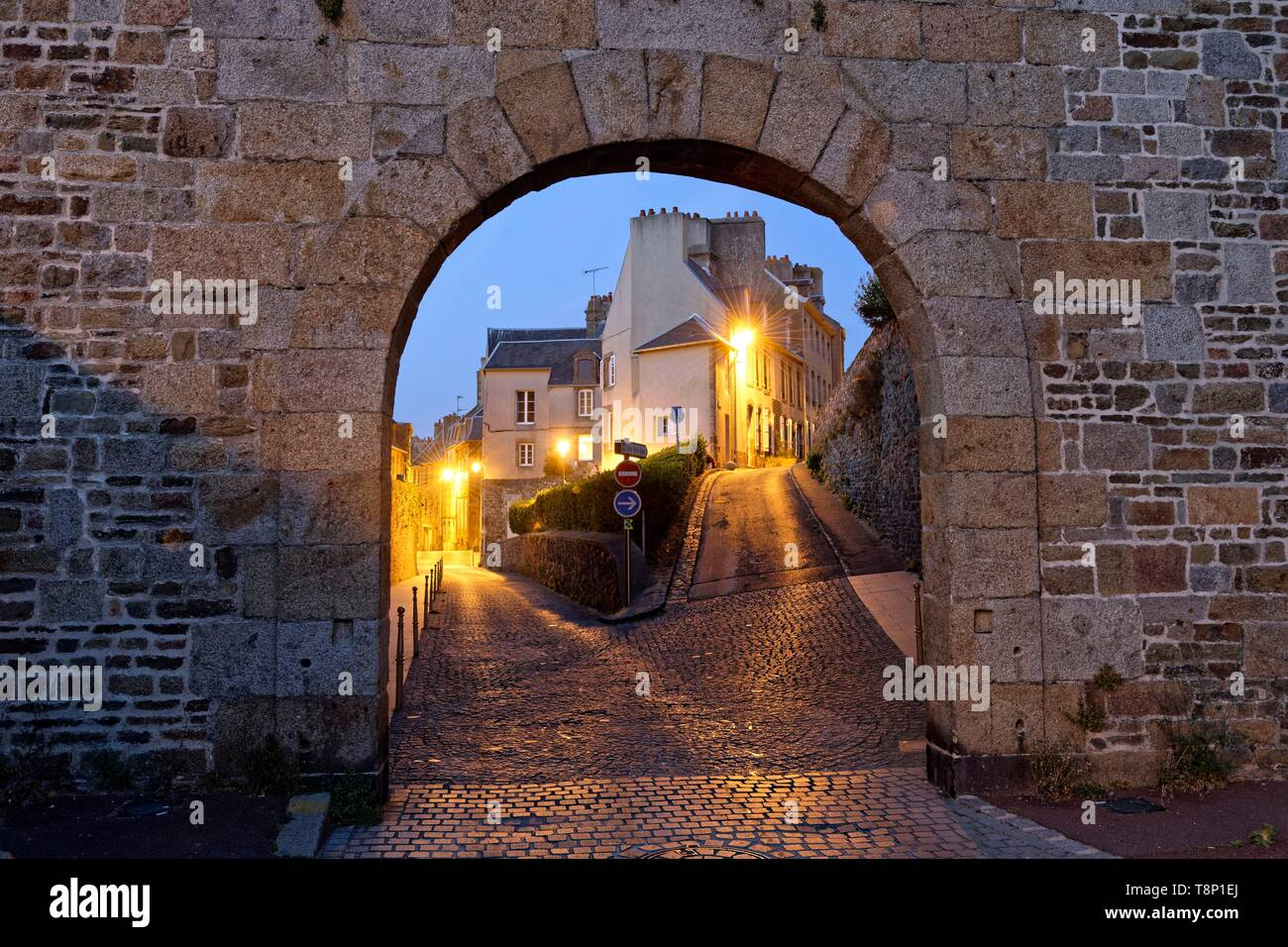 France, Manche, Cotentin, Granville, the Upper Town built on a rocky headland on the far eastern point of the Mont Saint Michel Bay, gate to the upper city - Stock Image