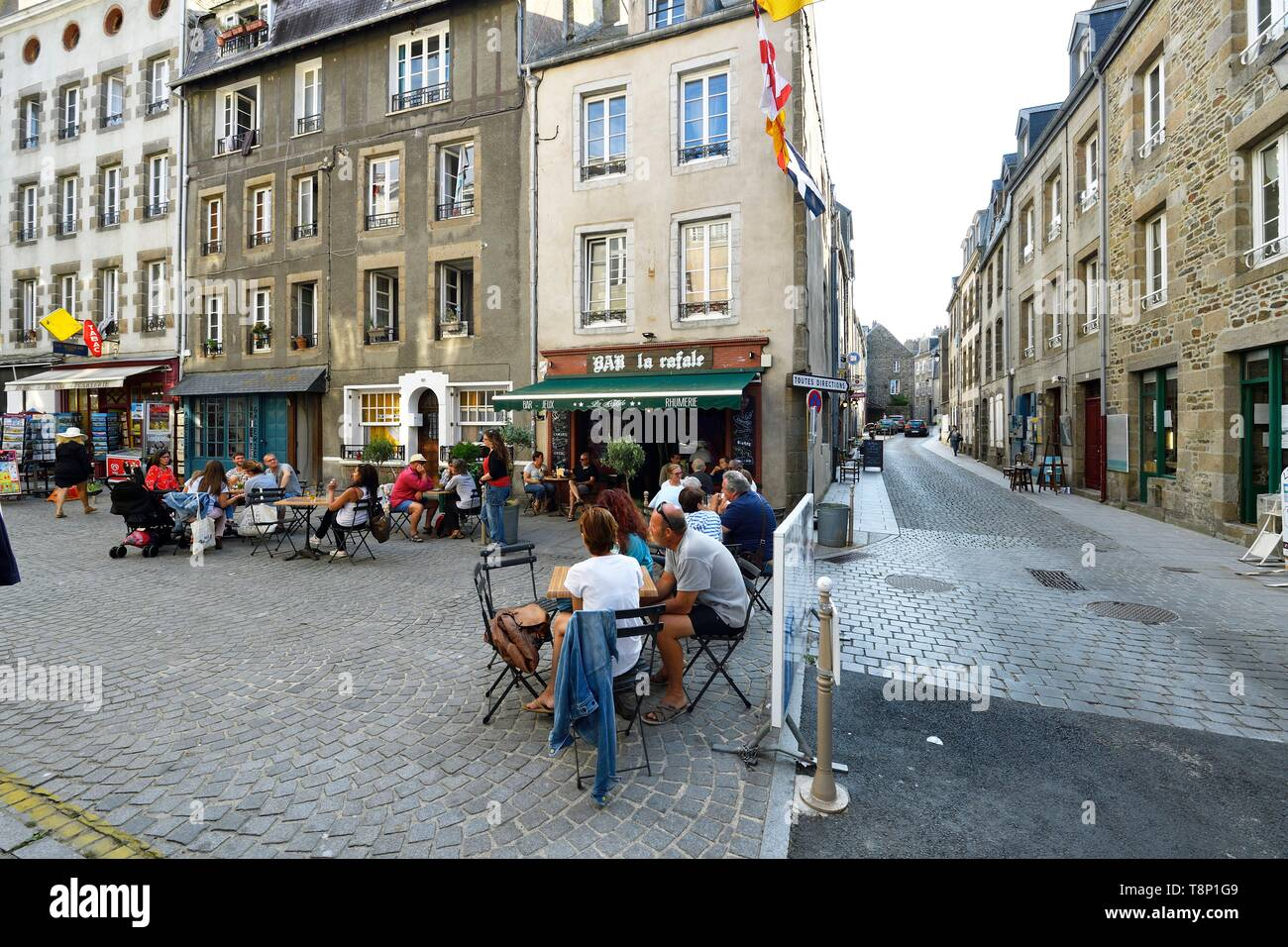 France, Manche, Cotentin, Granville, the Upper Town built on a rocky headland on the far eastern point of the Mont Saint Michel Bay, the upper city, Place Cambernon - Stock Image