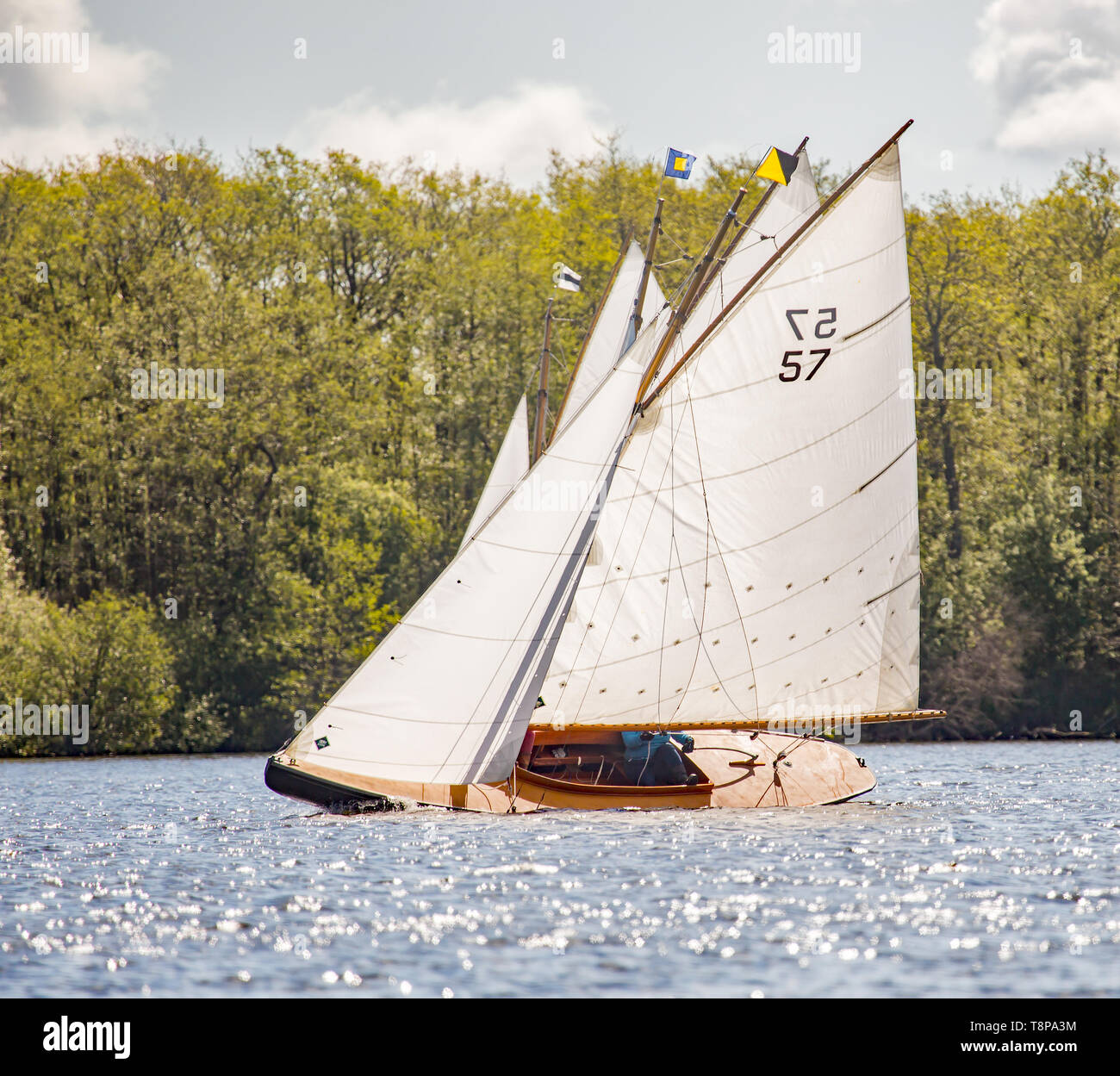 Keel Over Stock Photos & Keel Over Stock Images - Alamy
