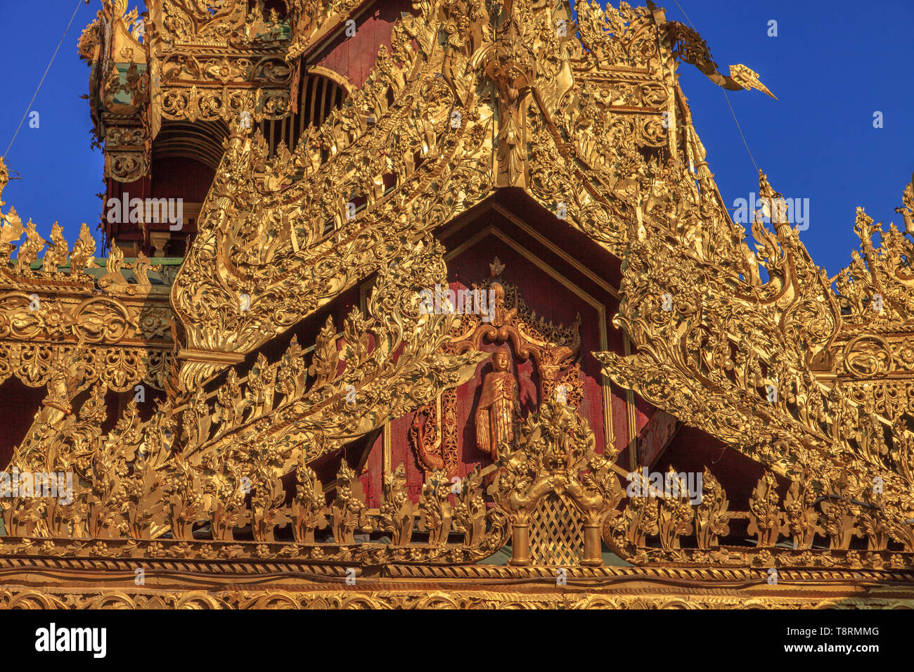 Detail of a decoration of th Sule pagoda in Yangoon (Myanmar) - Stock Image