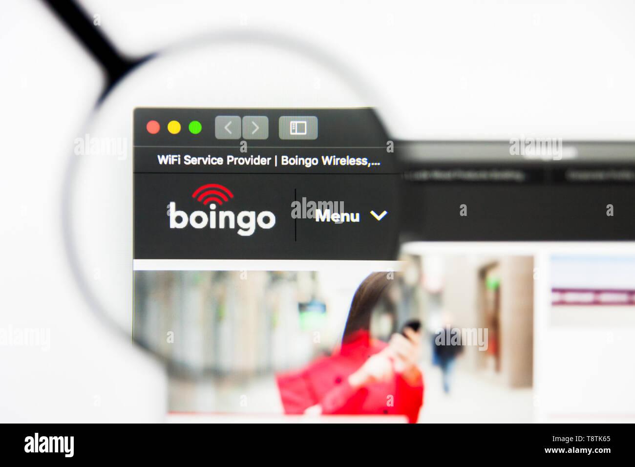 Boingo Stock Photos & Boingo Stock Images - Alamy