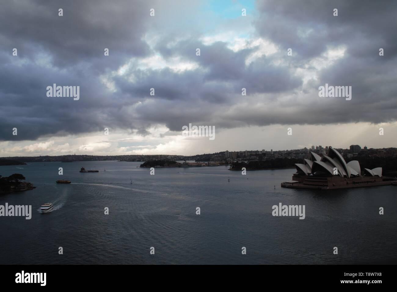 Sydney opera house before it starts to rain - Stock Image