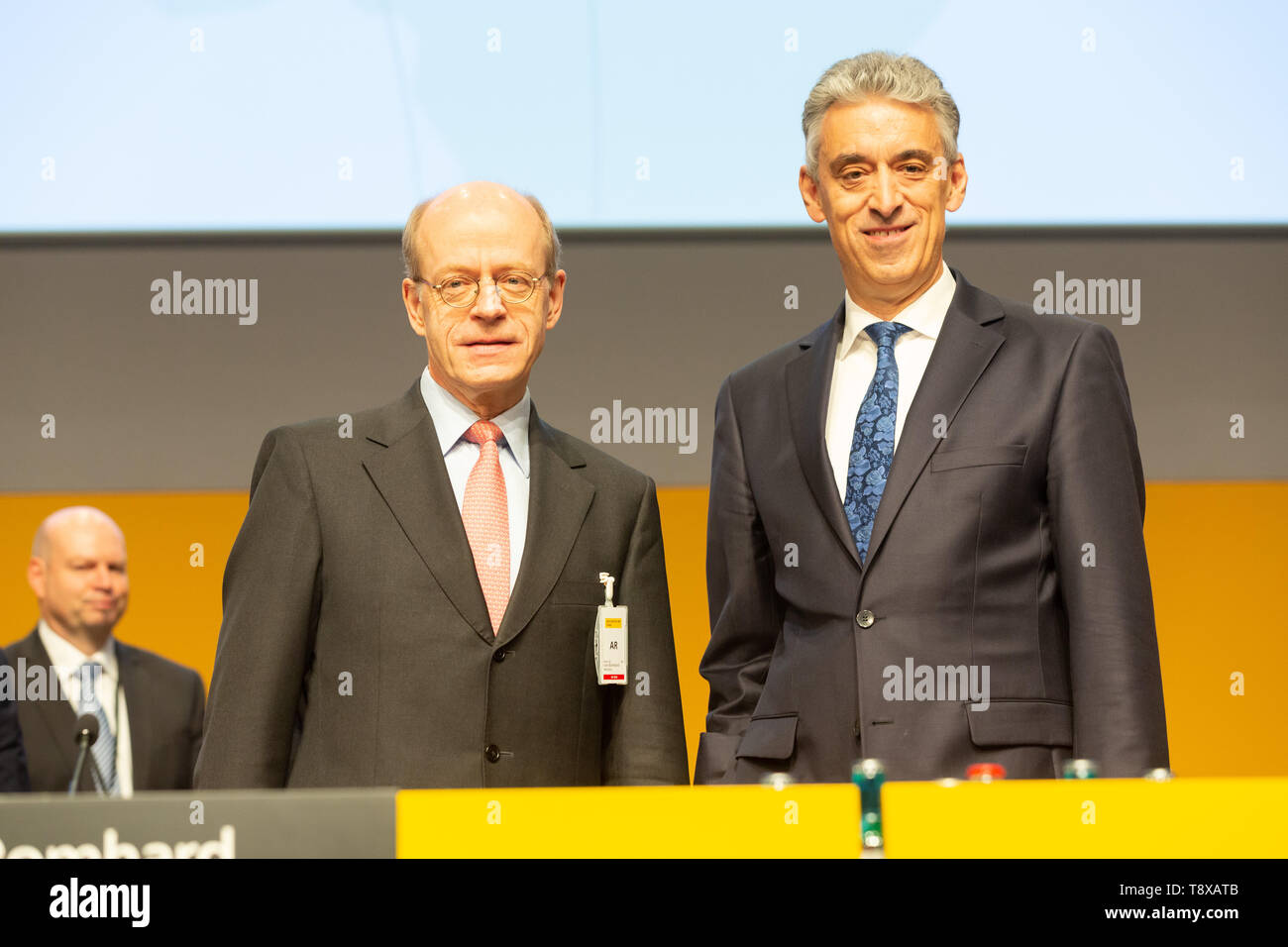 Bonn, Deutschland. 15th May, 2019. Germany, Bonn, May 5 2019, Deutsche Post DHL Annual General Meeting: Chairman of the supervisory board Nikolaus von Bomhard (L) and CEO Frank Appel. Credit: Juergen Schwarz/Alamy Live News - Stock Image