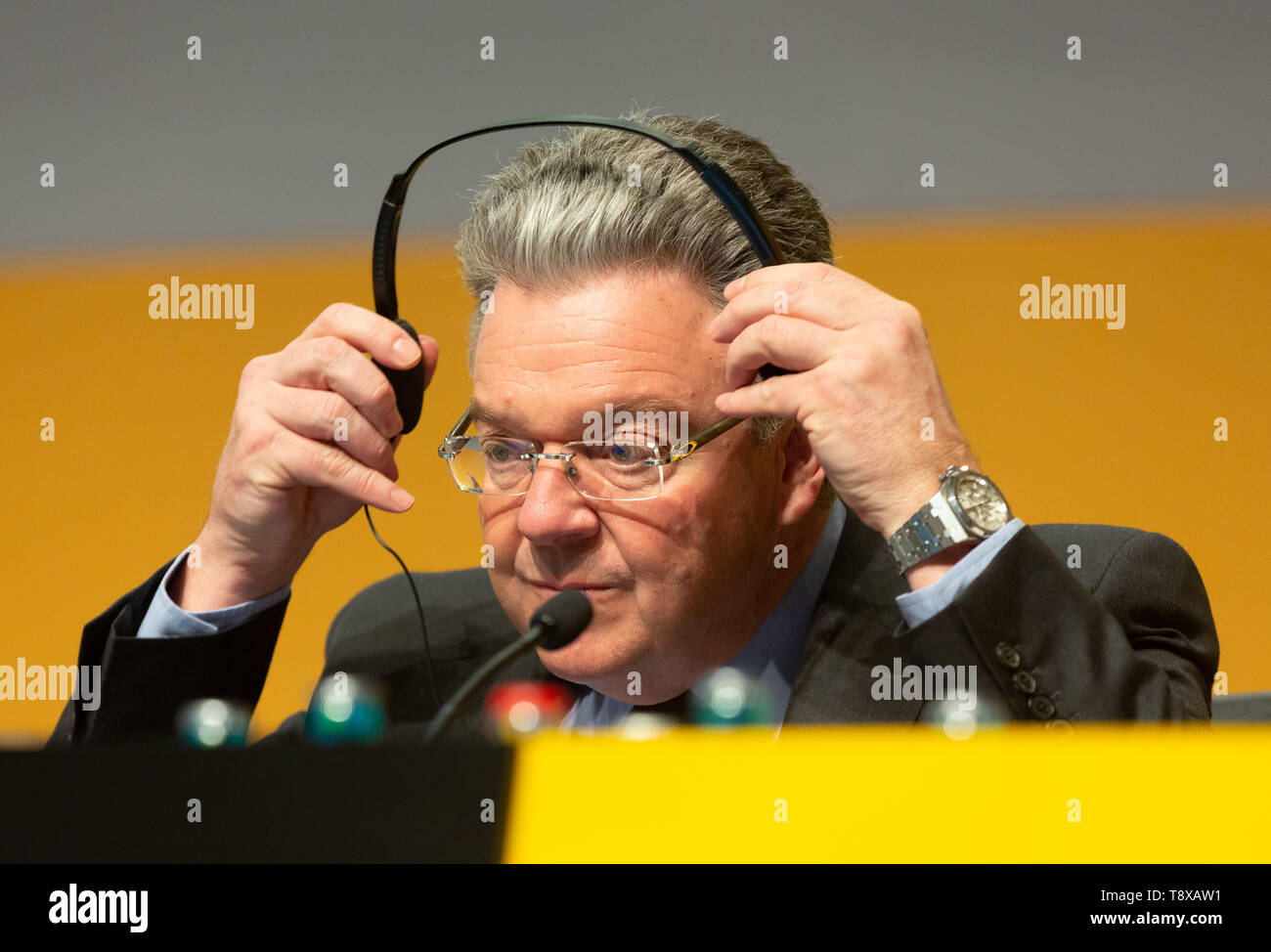 Bonn, Deutschland. 15th May, 2019. Germany, Bonn, May 5 2019, Deutsche Post DHL Annual General Meeting: Member of the executive board John Pearson. Credit: Juergen Schwarz/Alamy Live News - Stock Image