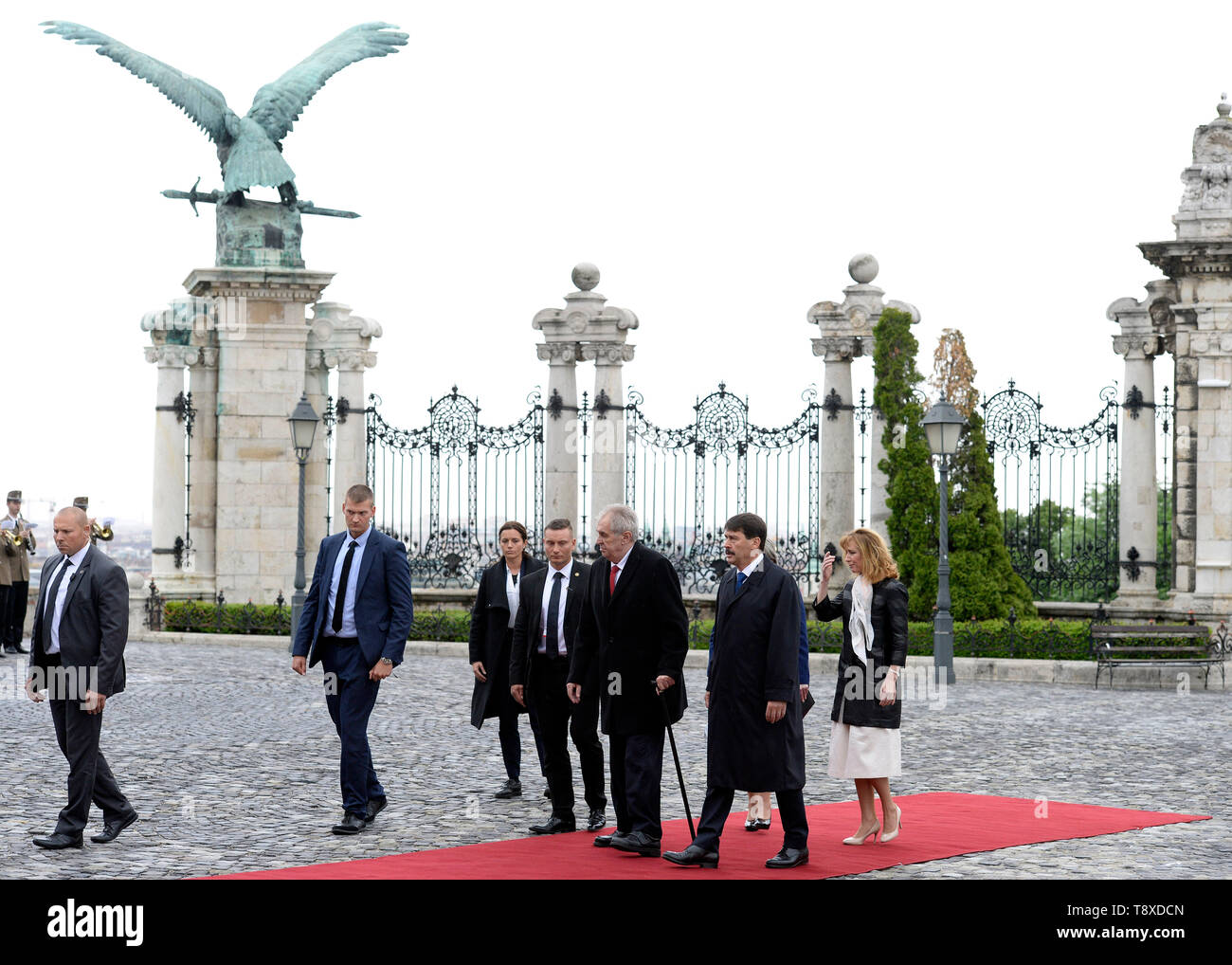 Budapest, Hungary. 15th May, 2019. Czech President Milos Zeman (3rd from right) and his wife Ivana Zemanova (not seen) meet with Hungarian President Janos Ader (2nd from right) and his wife Anita Herczegh (right) on May 15, 2019, in Budapest, Hungary. Credit: Katerina Sulova/CTK Photo/Alamy Live News Stock Photo
