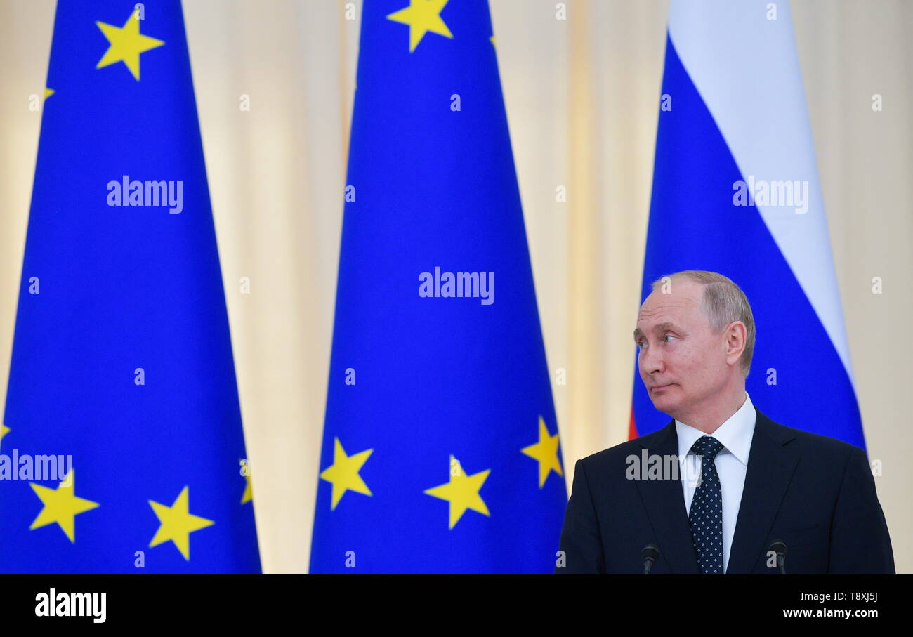 Sochi, Russia. 15th May, 2019. SOCHI, RUSSIA - MAY 15, 2019: Russia's President Vladimir Putin at a joint press conference with Austria's President Alexander Van der Bellen following their meeting at the Rus health resort. Alexei Druzhinin/Russian Presidential Press and Information Office/TASS Credit: ITAR-TASS News Agency/Alamy Live News - Stock Image