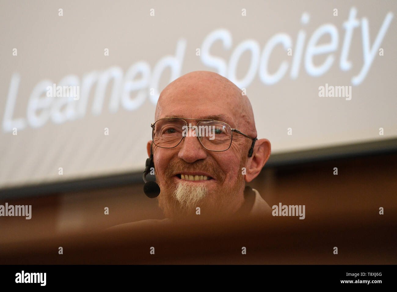 Prague, Czech Republic. 15th May, 2019. American Nobel Prize holder, physicist Kip Thorne gives lecture in UK Faculty of Mathematics and Physics in Prague, Czech Republic, May 15, 2019. Credit: Michal Kamaryt/CTK Photo/Alamy Live News Stock Photo