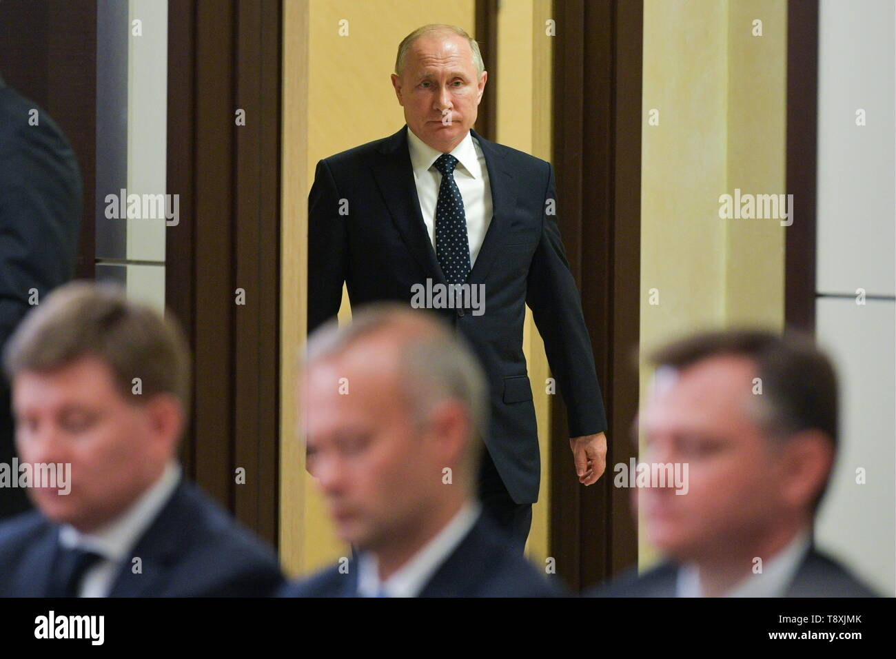 Sochi, Russia. 15th May, 2019. SOCHI, RUSSIA - MAY 15, 2019: Russia's President Vladimir Putin (back) holds a meeting at Bocharov Ruchei residence to discuss military aviation issues. Alexei Druzhinin/Russian Presidential Press and Information Office/TASS Credit: ITAR-TASS News Agency/Alamy Live News - Stock Image