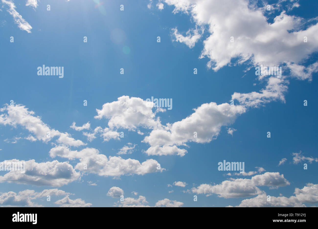 Beautiful sky with sun rays and blick. Professional shoot, no birds. - Stock Image