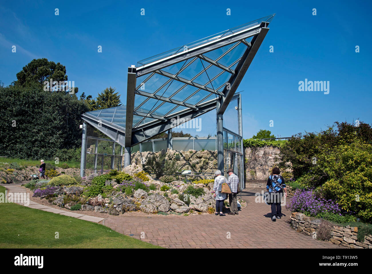 The New Alpine Glasshouse in  the Royal Botanic Garden Edinburgh (RBGE) , Scotland, UK. - Stock Image