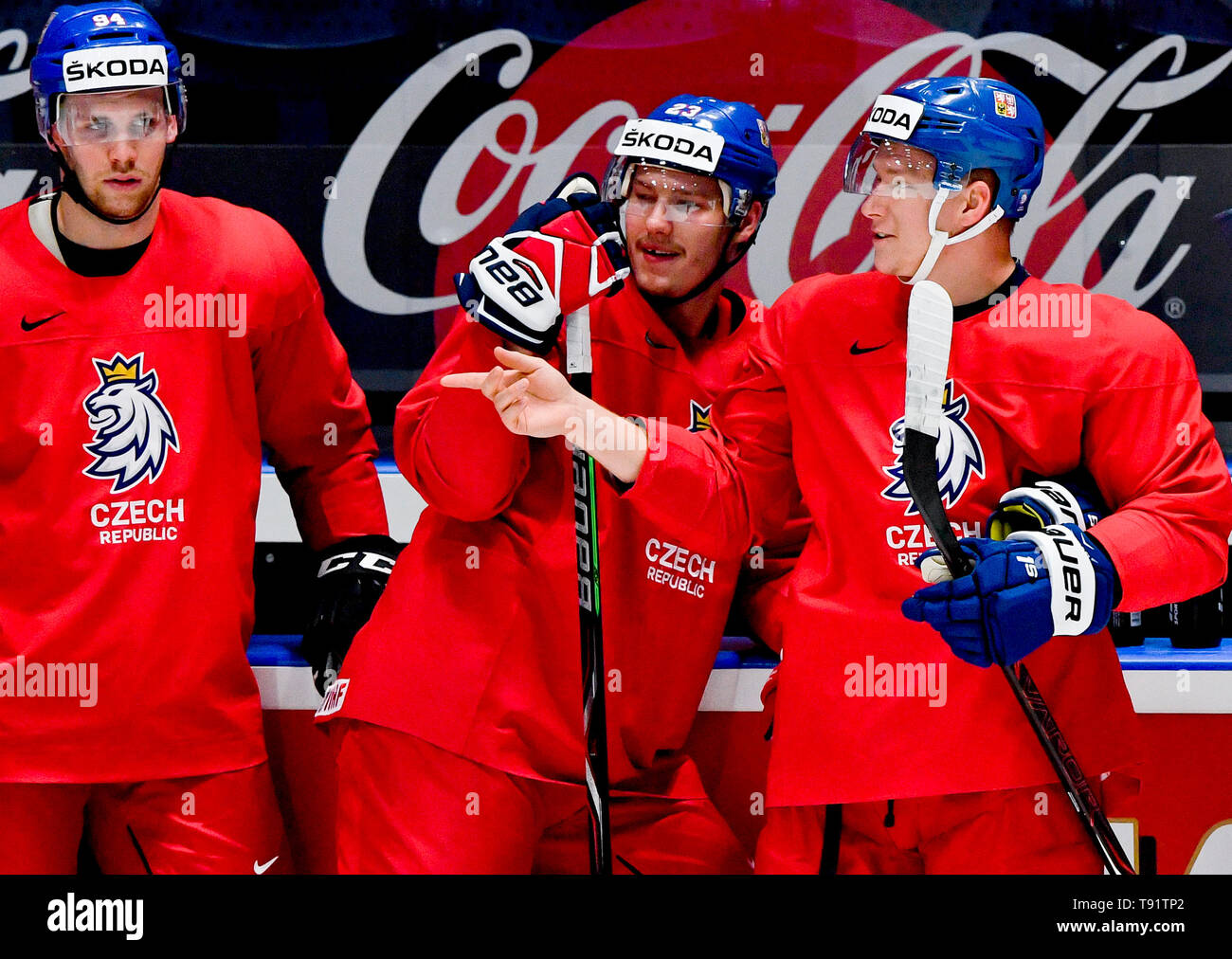 Bratislava, Slovakia. 16th May, 2019. Czech players L-R RADEK FAKSA, DMITRIJ JASKIN, ONDREJ PALAT attend a training session of the Czech national team within the 2019 IIHF World Championship in Bratislava, Slovakia, on May 16, 2019, prior to the match against Latvia. Credit: Vit Simanek/CTK Photo/Alamy Live News Stock Photo