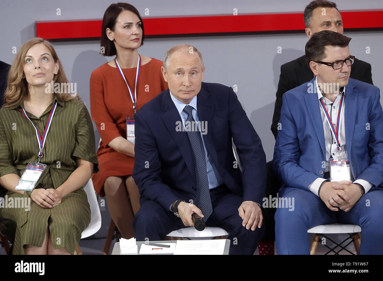 Sochi, Russia. 16th May, 2019. SOCHI, RUSSIA - MAY 16, 2019: Russia's President Vladimir Putin (C) attends the plenary meeting at the Independent Local and Regional Media Forum held by the All-Russian People's Front. Mikhail Metzel/TASS Credit: ITAR-TASS News Agency/Alamy Live News - Stock Image