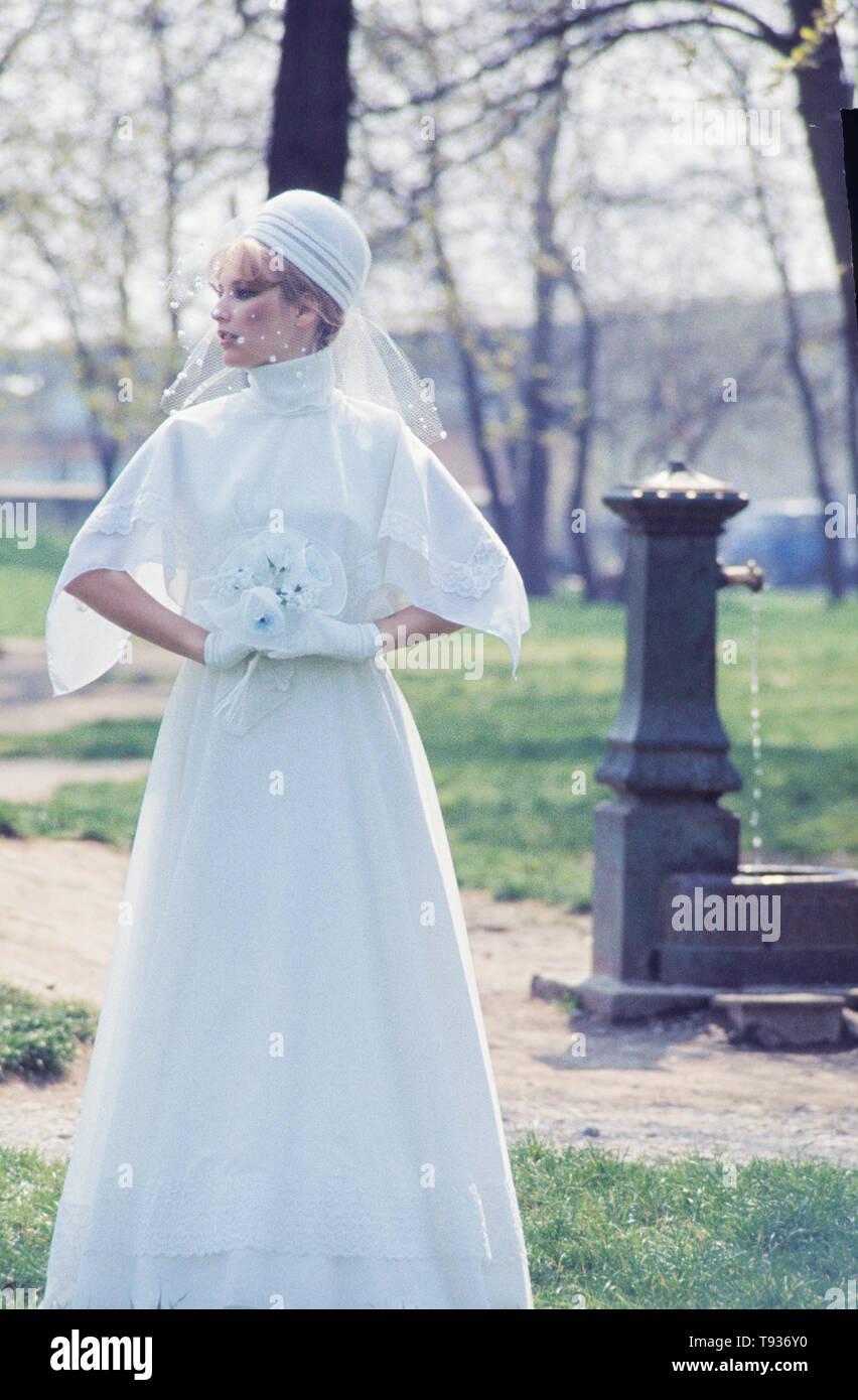 bride, 70s - Stock Image