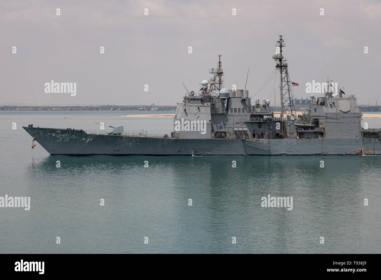 Egypt, Suez Canal. US military ships transiting the Suez Canal May 9, 2019. Ticonderoga-class guided-missile cruiser USS Leyte Gulf (CG 55). Stock Photo