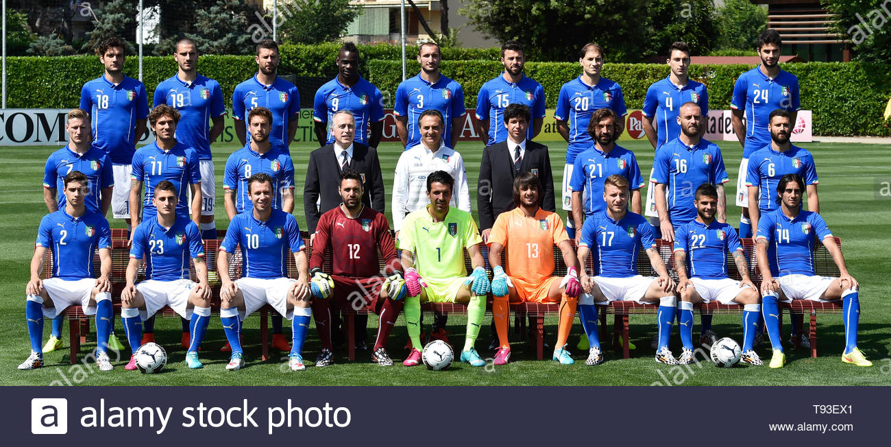 separation shoes b94c0 42604 Italy National Football Team Stock Photos & Italy National ...