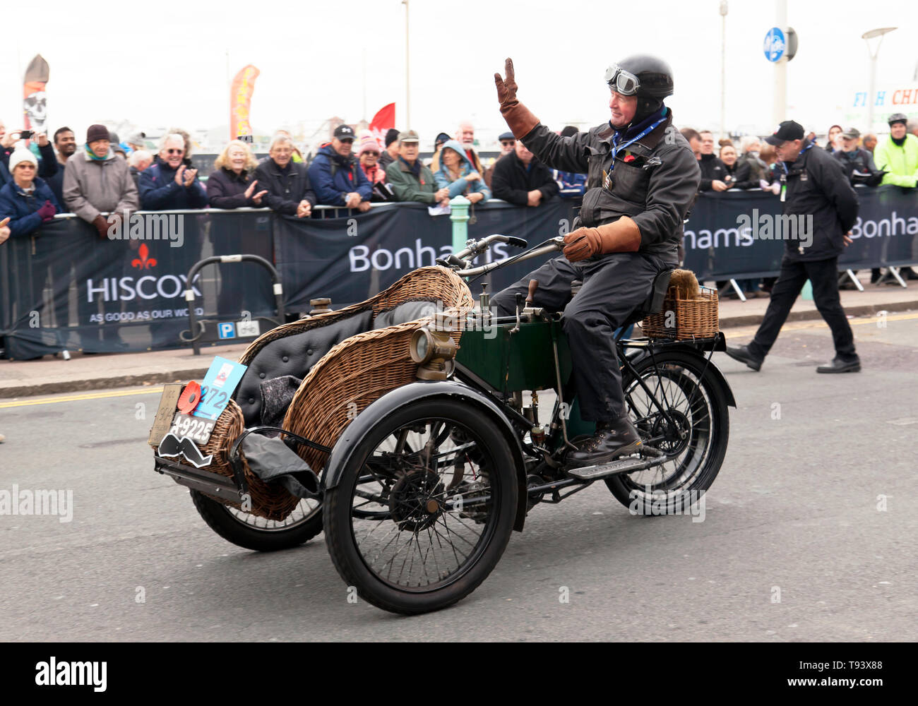 Mr Paul Reeves driving a 1904 Phoenix at the finish of the 2018 London to Brighton Veteran Car Run Stock Photo