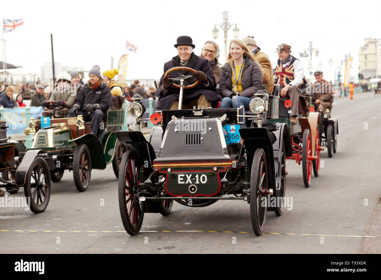 Mr John Worth driving his1900, Daimler, across the finishing line of the 2018 London to Brighton Veteran Car Run Stock Photo