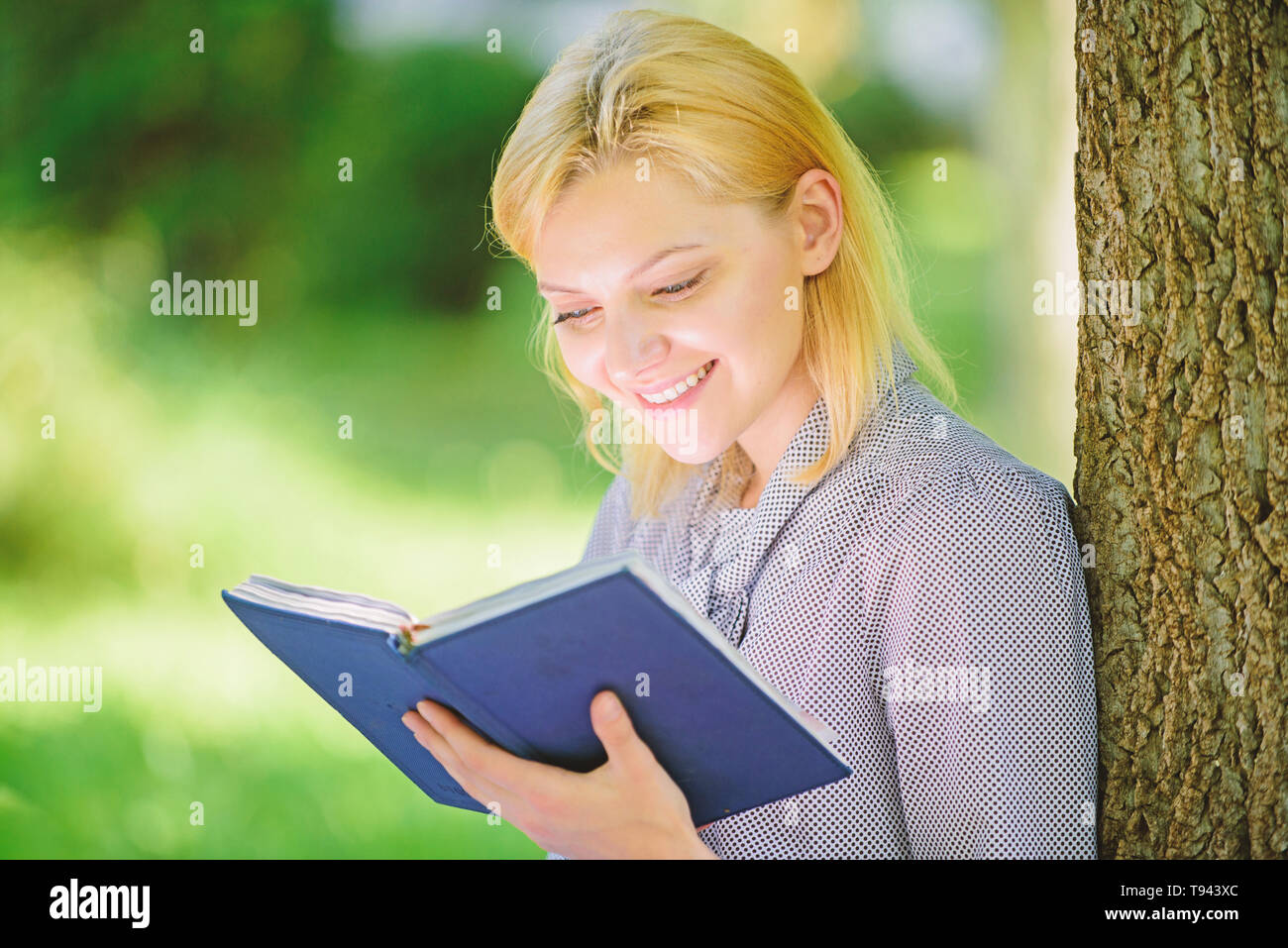 Girl Interested Sit Park Read Book Nature Background