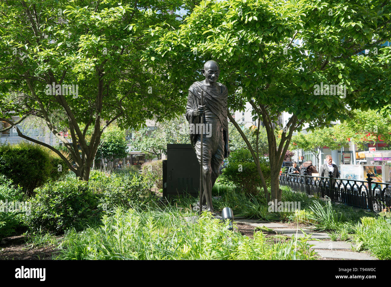 A bronze sculpture in Union Square Park depicting Mohandas Gandhi (1869–1948), was dedicated on Oct. 2, 1986, the 117th anniversary of Gandhi's birth. - Stock Image