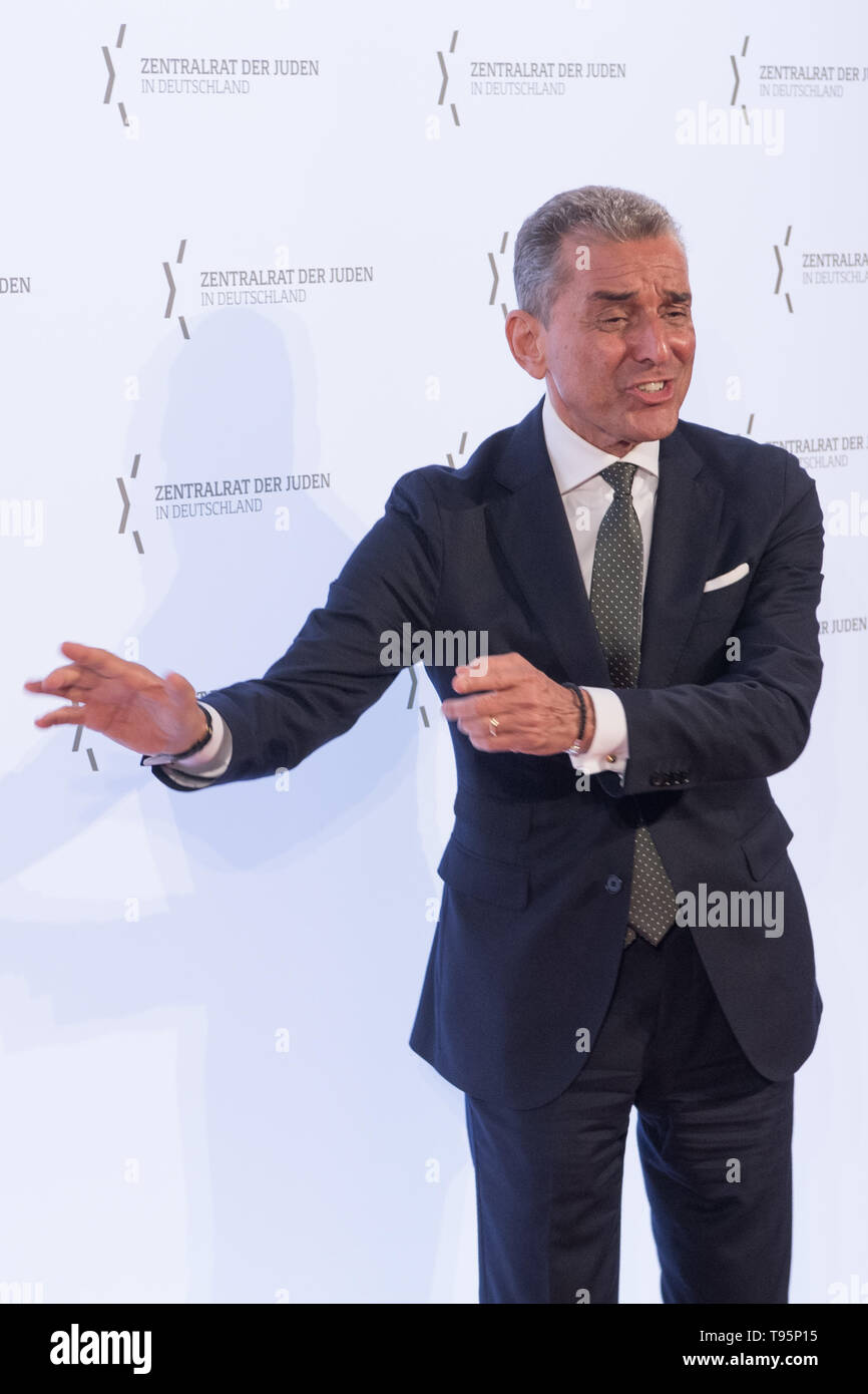 Berlin, Germany. 16th May, 2019. Michel Friedman (CDU), publicist and presenter, will attend the 2019 Leo Baeck Award ceremony. Credit: Jörg Carstensen/dpa/Alamy Live News - Stock Image