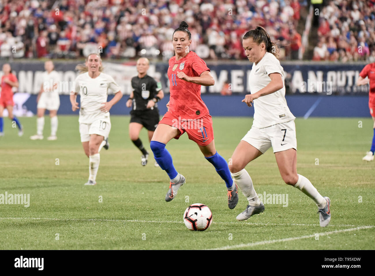 St Louis, USA. 16th May, 2019. New Zealand defender Ali Riley (7) races toward the goal while being followed by United States defender Ali Krieger (11) during the send off series as the United States Women's National Team hosted New Zealand at Busch Stadium in St. Louis City, MO Ulreich/CSM/Alamy Live News - Stock Image
